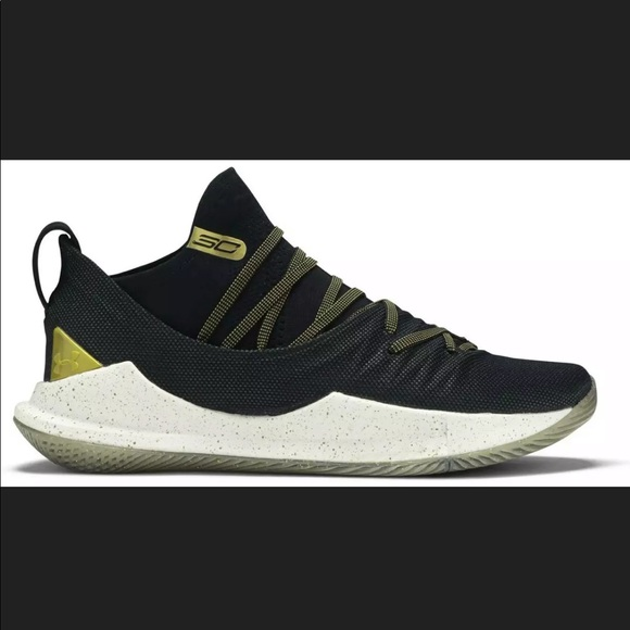 Under Armour Curry 5 Championship Pack